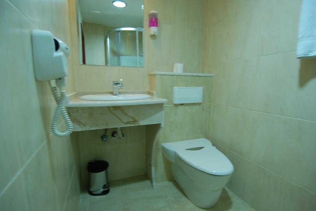Al Rashid Hotel - 6