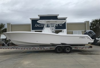 2020 Invincible 33 White (ON ORDER) Boat