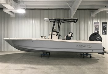 2021 Robalo 246 Cayman Alloy Gray (ON ORDER) Boat