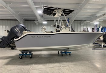 2021 Key West 203 FS Manta Gray/White Boat