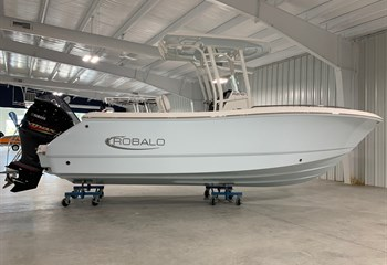 2021 Robalo R230 Ice Blue (ON ORDER) Boat