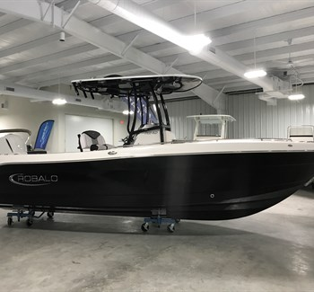 2019 Robalo R242 liquid-unknown-field [type] Boat